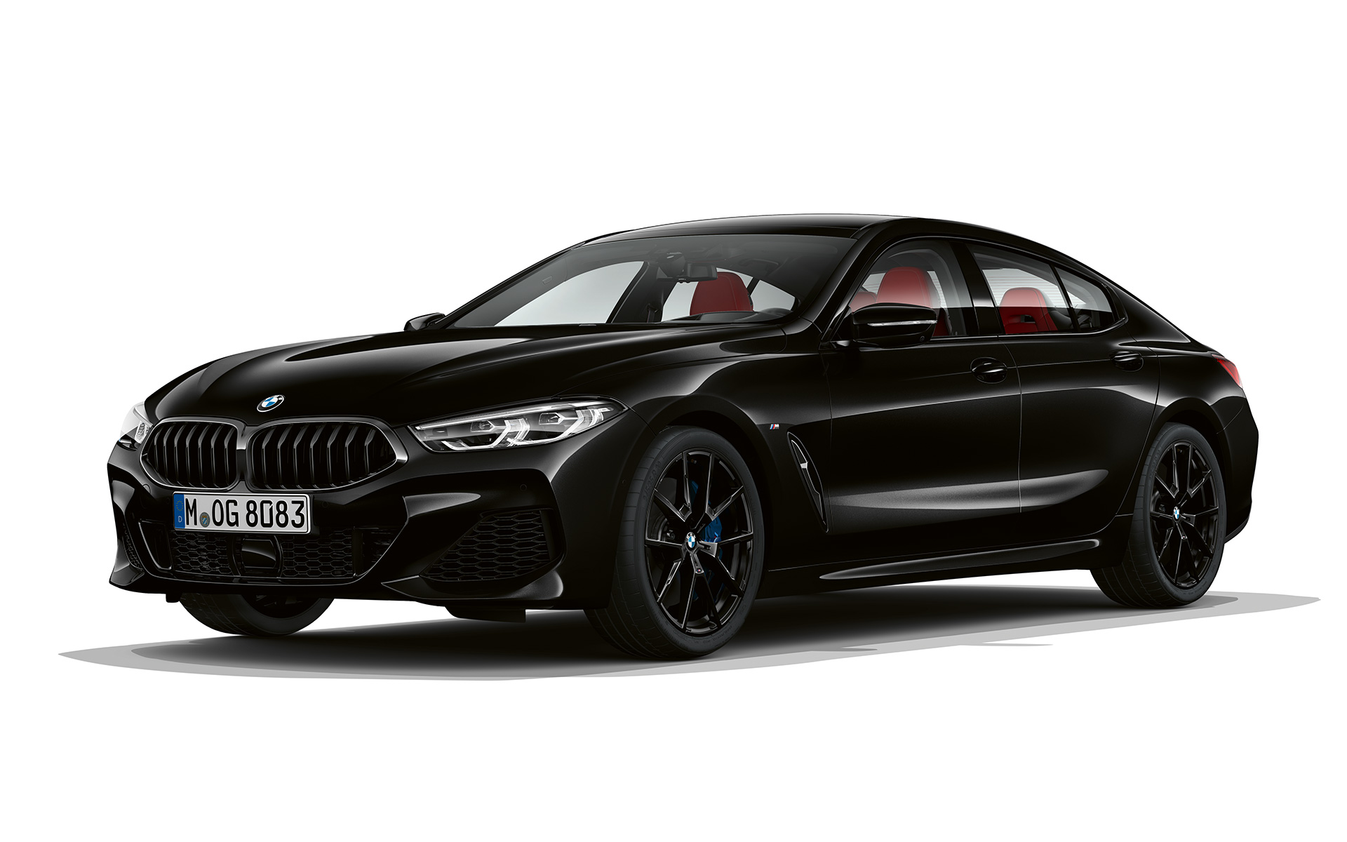 BMW Serie 8 Gran Coupé, Dark Seduction, vista anteriore a tre quarti